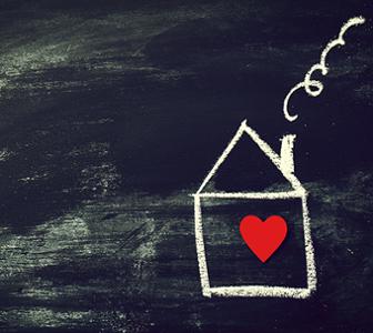 Dessin maison à la craie avec coeur rouge